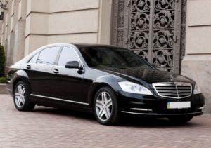 Аренда Мерседес S500 W221 чёрный с водителем в Москве