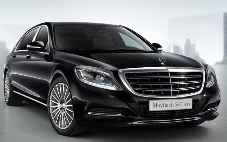 Rent a black Maybach for a wedding in Moscow