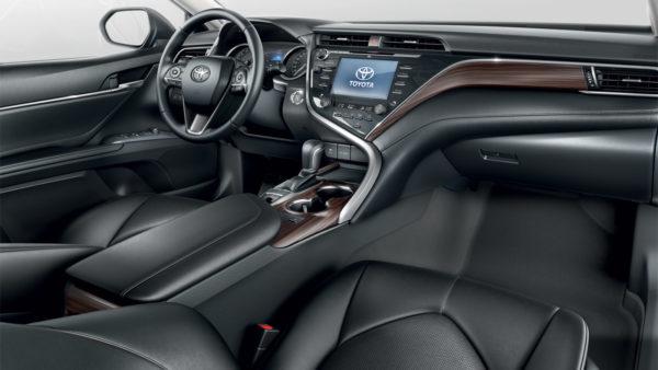 002-camry-interior_tcm-3020-1333676